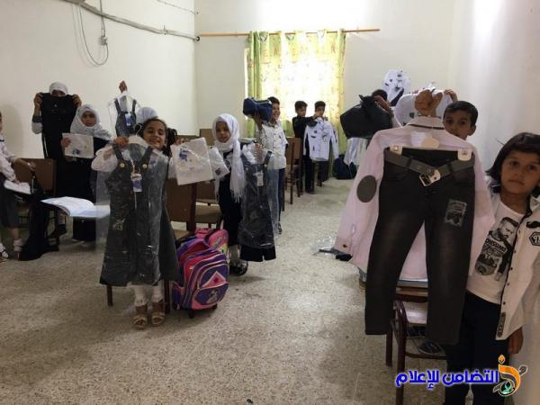 مبرة التضامن الأولى تبدأ عامها الدراسي الجديد بتوزيع الكسوة لـ250 يتيم - مصور -