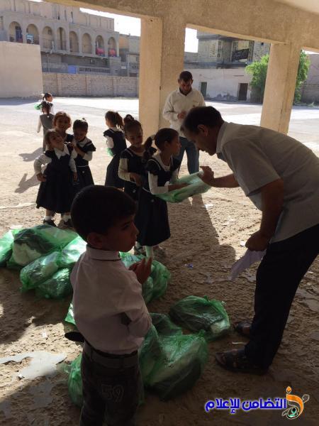 أحـد المحسنين من سكنة بغداد :يتبرع لأيتام مبـرة التضامن السابعة لرعاية الايتام في قضاء الرفاعي(مصور)