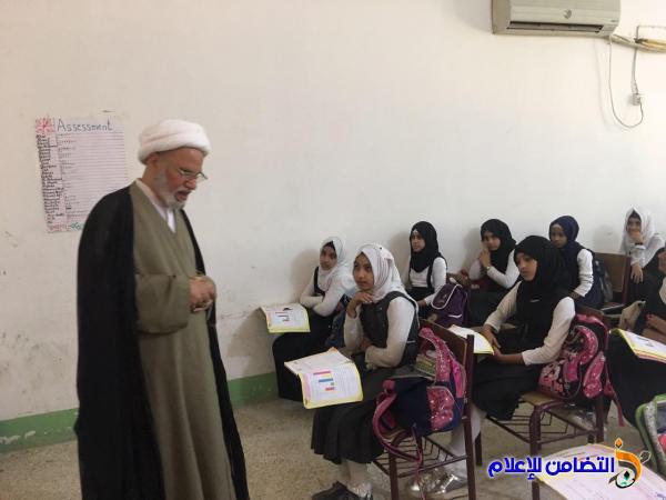 الشيخ الناصري:يحث التلاميذ والطالبات بمدرسة التضامن ومتوسطة التضامن للايتام على بذل الجهود للحصول على النتائج والنسب العالية