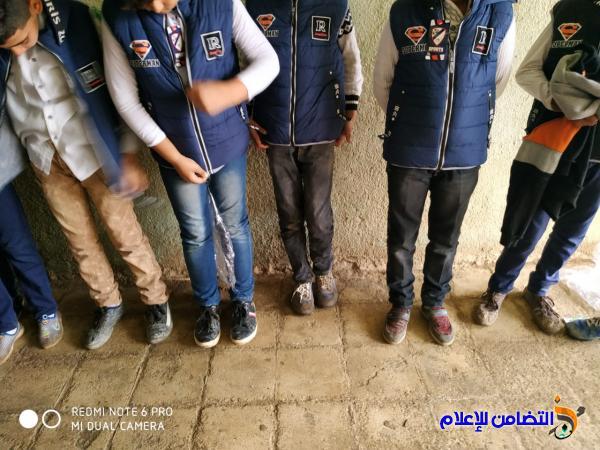 توزيع الكسوة الشتوية على تلاميذ مبرة التضامن للأيتام في الإصلاح - مصور -