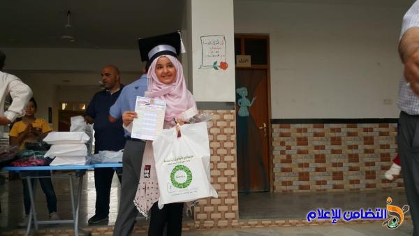 مدارس ومبرات التضامن للأيتام في ذي قار توزع نتائج الامتحانات النهائية على تلاميذها(مصور)