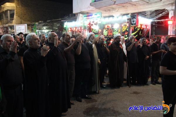 بالصور: موكب جمعية التضامن الإسلامي يحيي ليلة التاسع من محرم الحرام