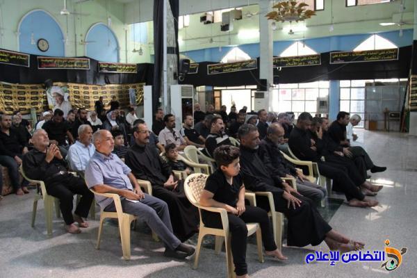 بالصور.. مراسم قراءة مقتل الامام الحسين في مسجد الشيخ عباس الكبير