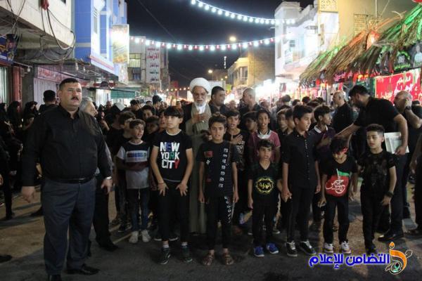 بالصور: مشاركة تلاميذ مبرات التضامن للأيتام في مراسم العزاءالحسيني