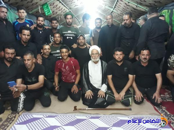 بالصور: حسينية أهالي الناصرية تقدم خدماتها لأبناء ذي قارالوافدين إلى كربلاء في زيارة الأربعين