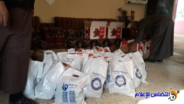مبرة التضامن الرابعة في سوق الشيوخ تحيي ذكرى شهادة السيدة الزهراء وتوزيع السلات الغذائية على الايتام