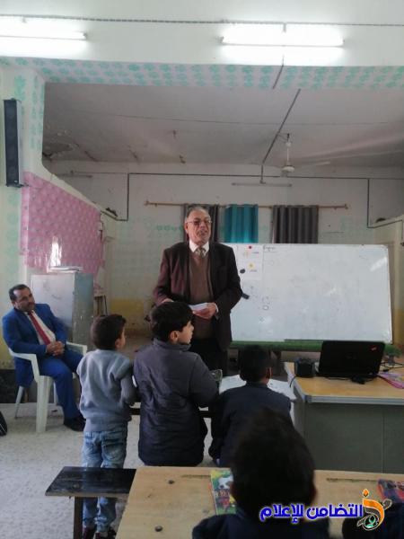 درس تدريبي للغة الانكليزية للصف الأول الابتدائي في مبرة التضامن السابعة للأيتام