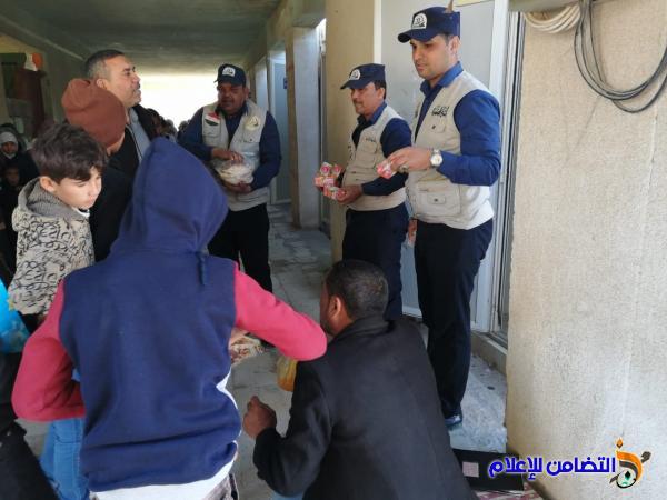 بالصور: الشرطة المجتمعية يوزعون العصائر والحلوى على تلاميذ مبرة التضامن للأيتام في الإصلاح