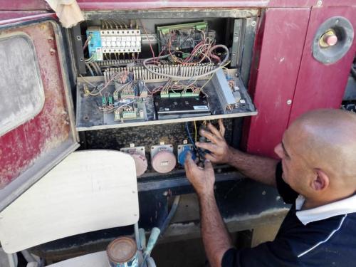 شعبة الصيانة لدى مكتب مبرات التضامن بمحافظة ذي قار تواصل عملها في صيانة بنايات المبرات
