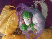 مبرة التضامن السادسة في الشطرة توزع تبرعات مالية وغذائية الى عوائل الايتام 